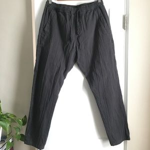 casual pants with elastic waist fit